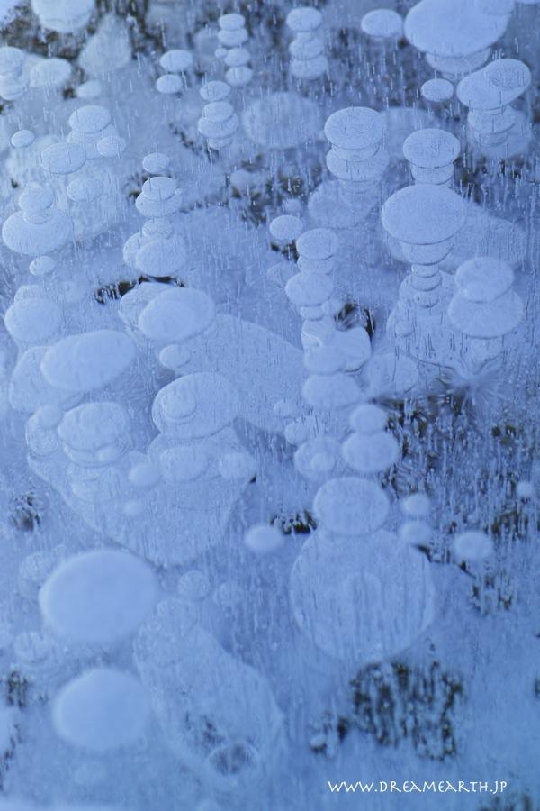 糠平湖の氷