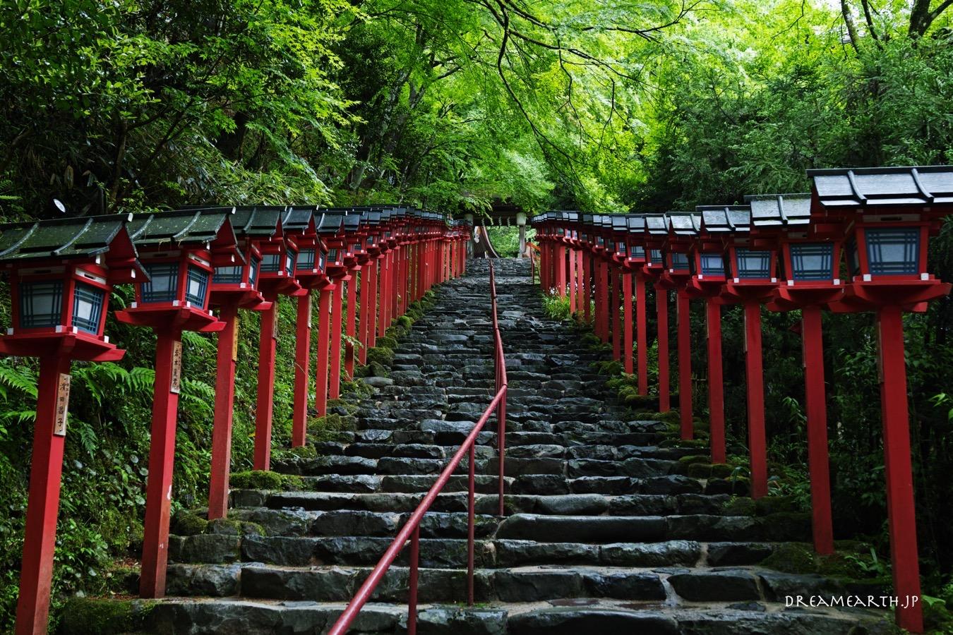 貴船神社の灯籠